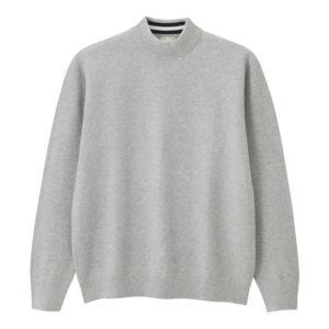 GU タックハイネックセーターのグレー